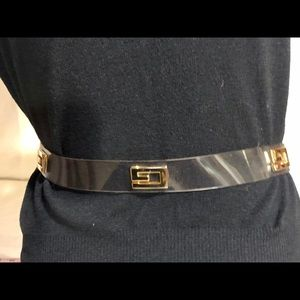 """Accessories - Vintage Thick Clear Plastic Belt Gold """"G""""'s"""